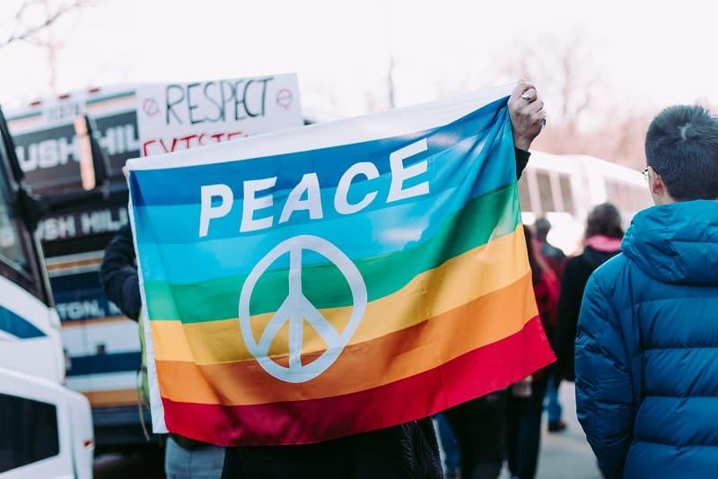 Plataforma online para denúncia de crimes LGBTI