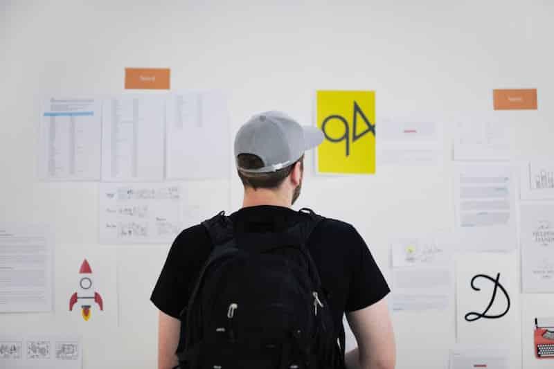 Bolsas para startups receberem estagiários pagos