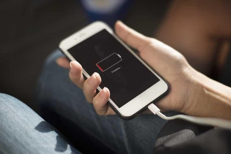 Nova app portuguesa ajuda-te a poupar bateria